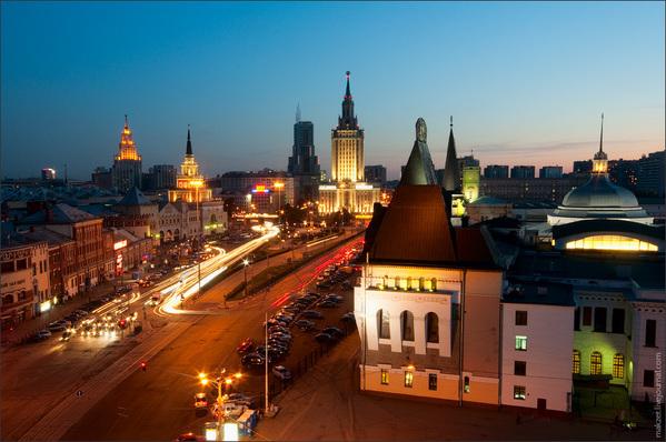 Комсомольская площадь, Москва srcset=