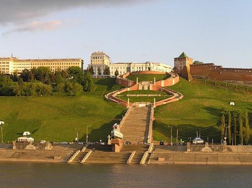 Чкаловская лестница, Новгород