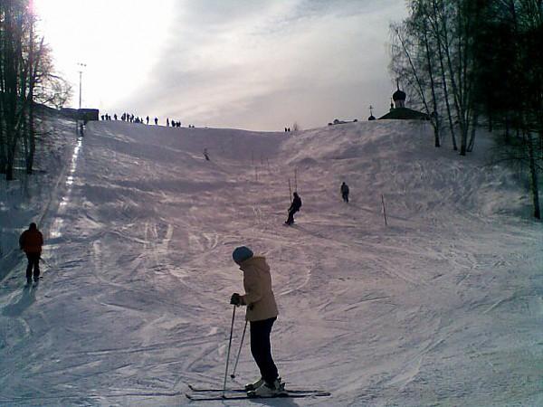 Горные лыжи в Костроме
