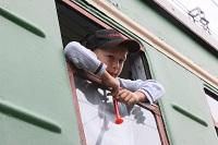 Если ребенку уже есть 10 лет, вы можете отправить его в путешествие на поезде одного