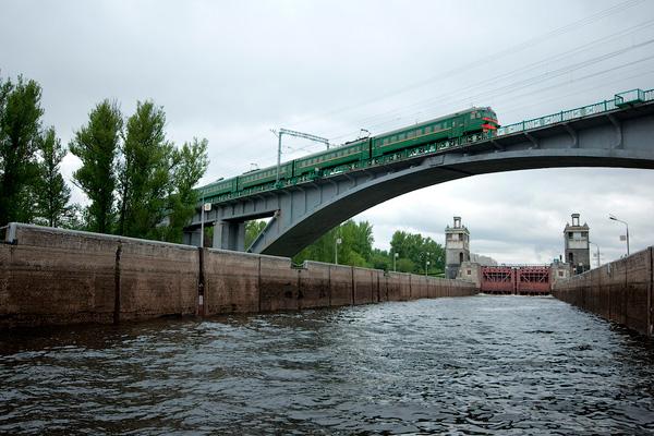 Теперь и вы знаете, что этот мост очень «смелый»