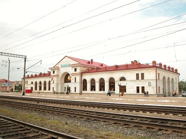 Здание железнодорожного вокзала г. Канаш
