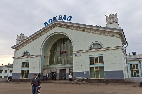 Здание вокзала Киров
