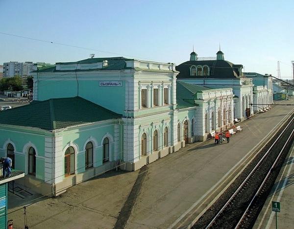 Платформы железнодорожного вокзала Сызрань-1