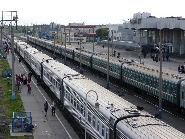 Платформа вокзала в Сургуте