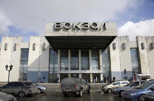 Здание вокзала в Сургуте