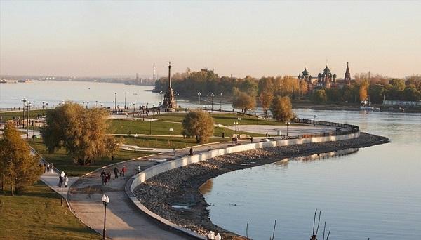 Парк-набережная в Ярославле