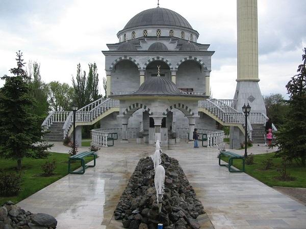 Мечеть в Мариуполе